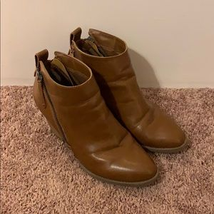Faux Brown Leather Faded Glory Zip Booties